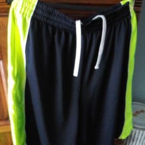 Men's athletic shorts size xl